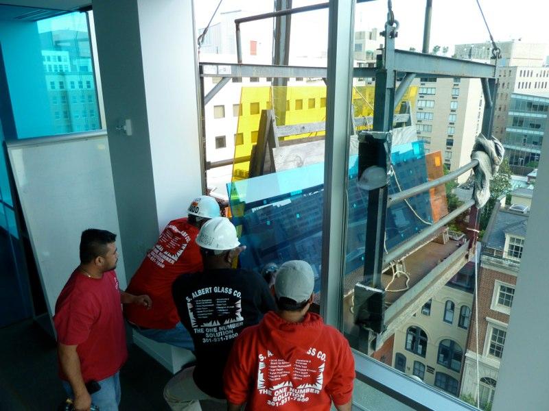 Emergency glass repair company