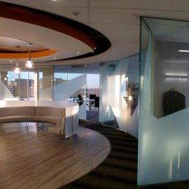 The Benefits of Glass Wall Partitions in a Commercial Space